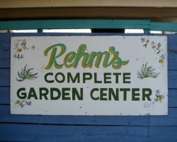 Logo Rehm's Nursery & Garden Center
